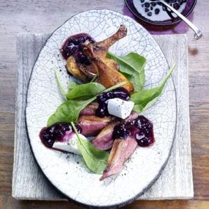Филе дикой утки и салат из шпината