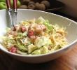 Салат из пасты фарфалле с креветками