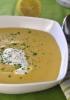 Чечевичный суп с сыром канталь и сосиской морто