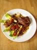 Стейк из говядины с чоризо и соусом «Вьерж»