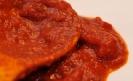 Свиные ребра в томатном соусе с корнишонами