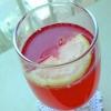Освежающий напиток с ягодным вкусом