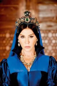 Великолепный век актеры Валиде Султан