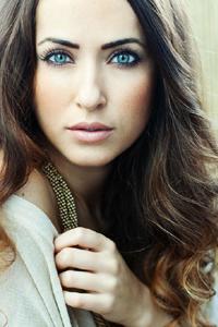 Цвет волос для голубых глаз.