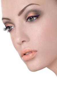 модные направления макияжа глаз 2013