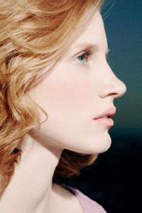 какой цвет волос подходит к зеленым глазам Jessica Chastain