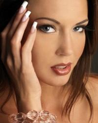 Гелевые ногти: секрет идеального маникюра