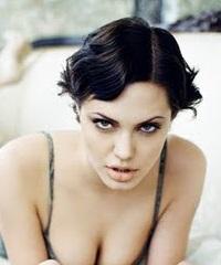 короткие стрижки знаменитостей Анджелина Джоли