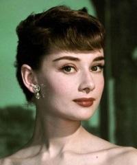 супер короткие женские стрижки Одри Хепберн