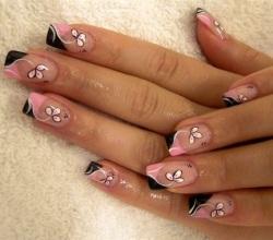 Дизайн гелевых ногтей: креативные идеи: http://www.womenclub.ru/cosmetic/3110.htm