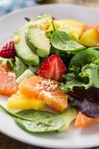 диетический салат из фруктов