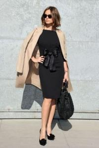 Классические платья: женственность всегда в моде