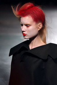 минимализм в одежде Yohji Yamamoto
