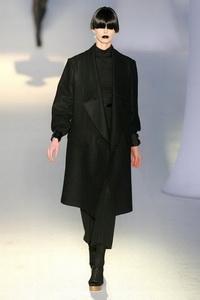 минимализм в одежде Yves Saint Laurent