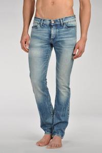 идеальные мужские джинсы Armani