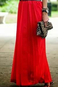 De qué ponerse una falda larga, falda larga, ropa de mujer, moda en calle, moda y estilo,