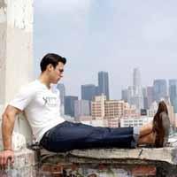Подбираем стильные мужские джинсы: особенности подхода