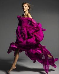 Цвет фуксии в одежде - великолепие неоновой моды