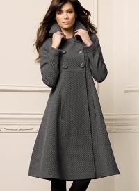 Зимнее пальто: модная защита от холода