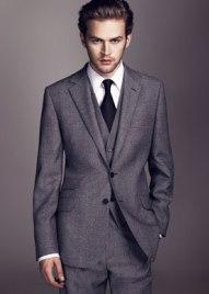 Чоловічий діловий костюм: вічна класика