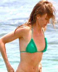 Купальники для маленькой груди: как ...: www.womenclub.ru/style/2583/page_3.htm