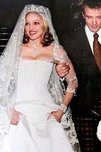 Мадонна свадебное платье