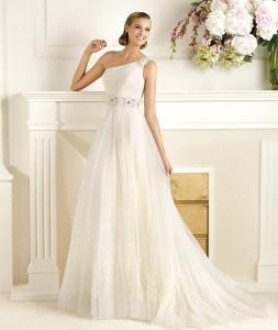 модные тенденции свадебных платьев 2013
