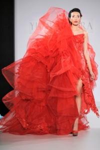 нетрадиционное свадебное платье Yumi Katsura