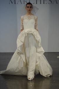 нетрадиционное свадебное платье Marchesa