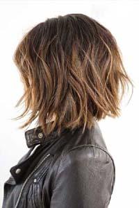 Обаятельная стрижка лесенка на длинные волосы 99