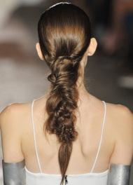 модные прически для длинных волос Kimberly-Ovitz