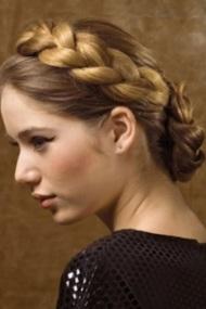 прически для очень длинных волос