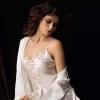 Атласное белье: сияющая роскошь