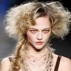 Прически для длинных волос - классика, роскошь, кокетство (105 фото)