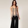 Широкие брюки: элегантность без отказа от комфорта
