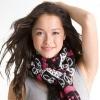 Женские шарфы: проблема выбора (50 фото знаменитостей в шарфах)