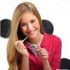 Натуральные средства по уходу за кожей и декоративная косметика для юных девушек
