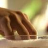 Как снять акриловые ногти: запаситесь терпением