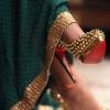Дорогие женские туфли – красные подошвы, ювелирные пряжки, экзотическая кожа