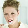 Желтые зубы: типы, причины и лечение окрашивания