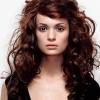 Кудри на средние волосы – способы достичь вьющегося эффекта