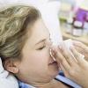 Чем лечить ангину у взрослого: антибиотики и народные средства