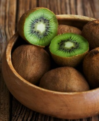 Киви - полезные свойства и противопоказания вкусного фрукта